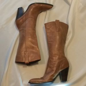Guess women's cowboy boots, brown leather (7 1/2)